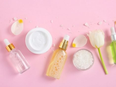 PICTURE OF BEAUTY PRODUCTS FOR HOW TO FOLLOW THE KOREAN SKINCARE ROUTINE DAY AND NIGHT