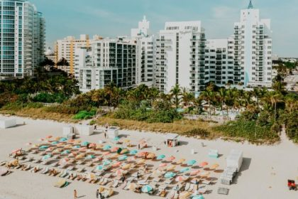 picture of one of the top Miami hotels in South beach