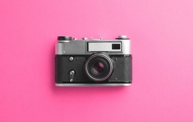 Picture of an old camera for free travel Lightroom presets.