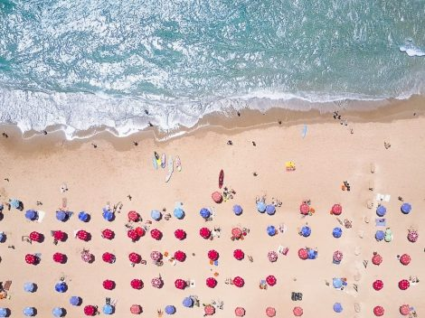 Aerial view of a beach in Florida on a sunny day for Florida packing list